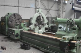 Heavy Duty Lathe SKODA Model: SR 1250/4000